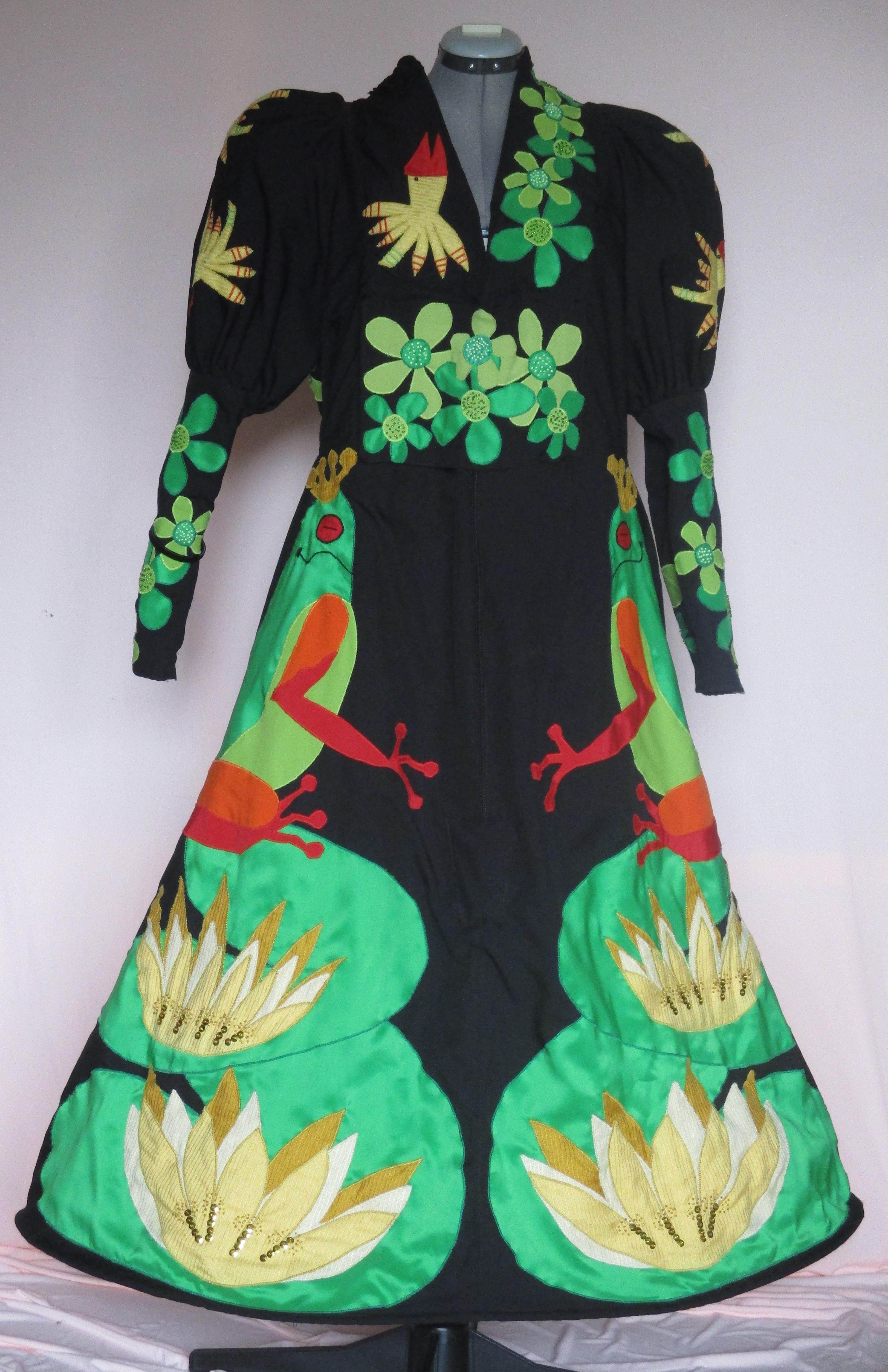 jas met groene kikkers